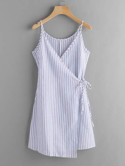 فستان بلا كم طباعة المخطط لنساء