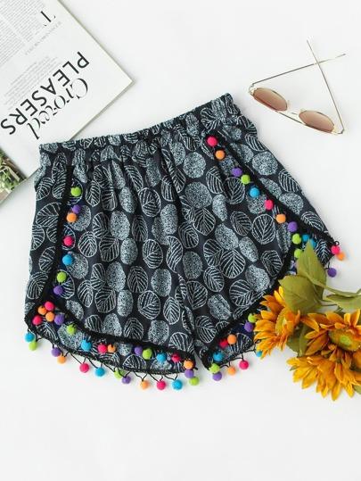 Shorts mit Muster und Pompon-Dekoration