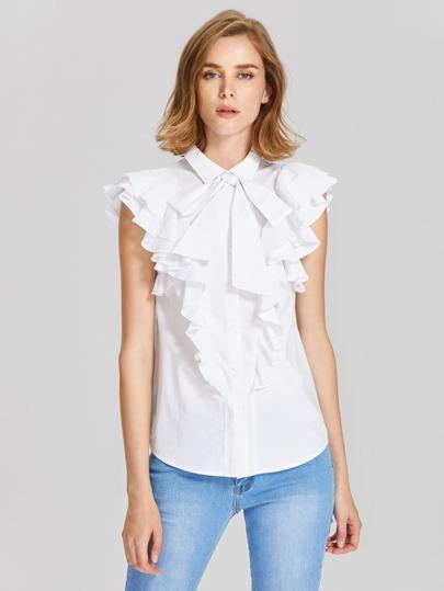 Bluse mit Gürtel auf dem Ausschnitt und mehrlagigen Flatterndehülsen