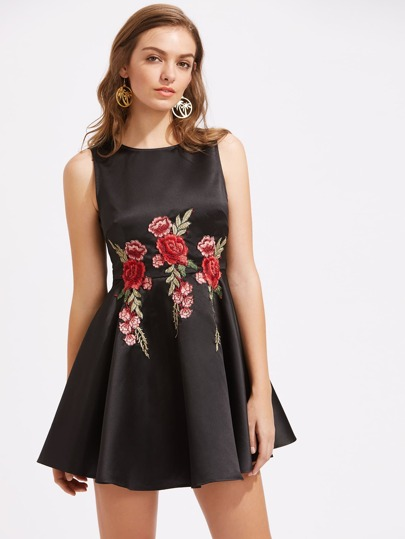 Embroidered Flower Patch Bow Tie Back Fit & Flare Dress