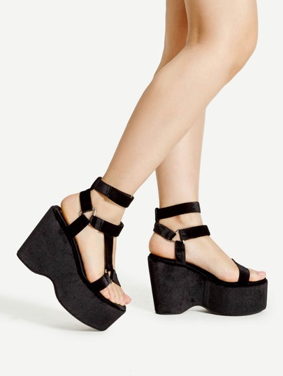 Metal Triangle Detail Strappy Wedge Sandals