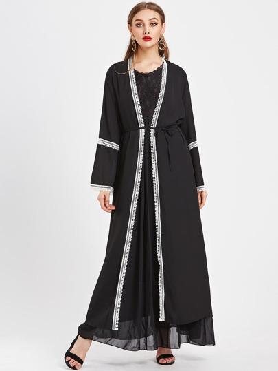 Abaya larga con ribete de encaje en contraste