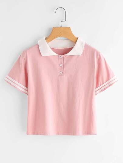 Camiseta con solapa a rayas