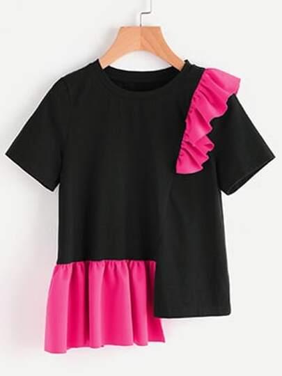 Tee-shirt bicolore découpé avec des plis