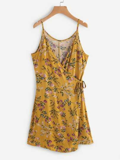 Robe imprimée fleuri avec un lacet