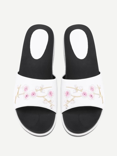 Calico Embroidery Flat Sliders