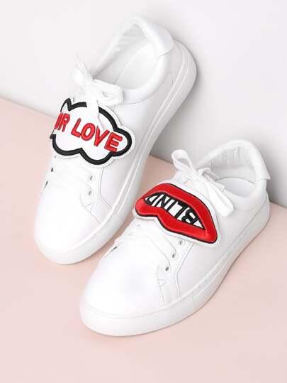 الشفة ورسالة التطريز الرباط حتى أحذية رياضية