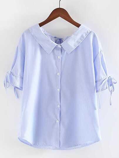 Blusa de rayas con cordones