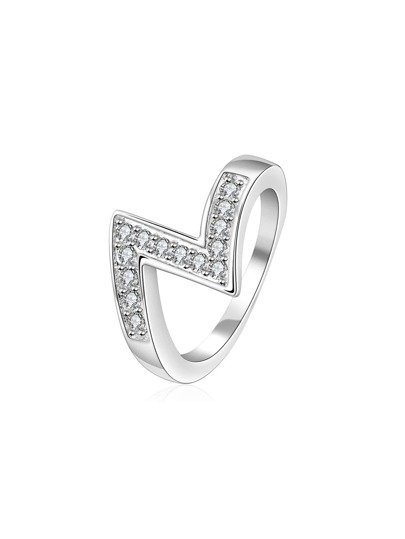 Z Shaped Faux Diamond Ring