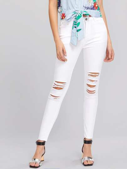 Knee Shredded Jeans