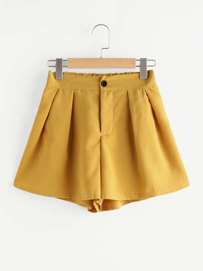 Elastic Back Pleated Shorts
