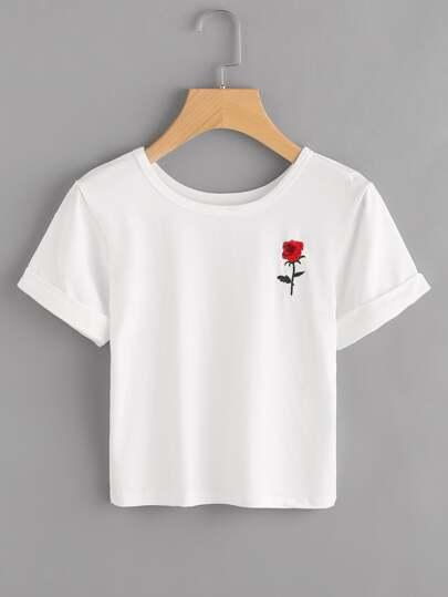 T-shirt mit Rosestickereien, Patch und Rolleärmeln