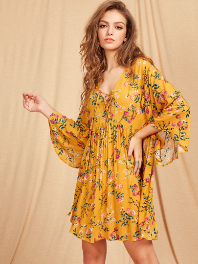 Lace Up Plunge Neck Kimono Sleeve Botanical Smock Dress