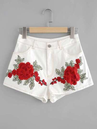 Модные шорты с цветочной вышивкой