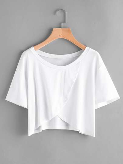 Camiseta cruzada con abertura delantera de hombros caídos