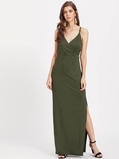 Vestido cruzado con abertura lateral
