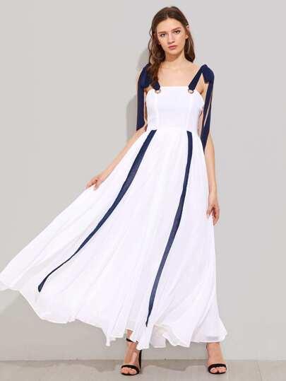 Модное платье с бантом