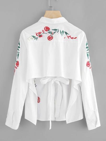 Модная блуза с открытой спиной и цветочной вышивкой