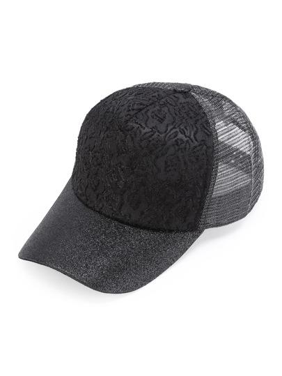 Cappellino di luccichio con ricamo