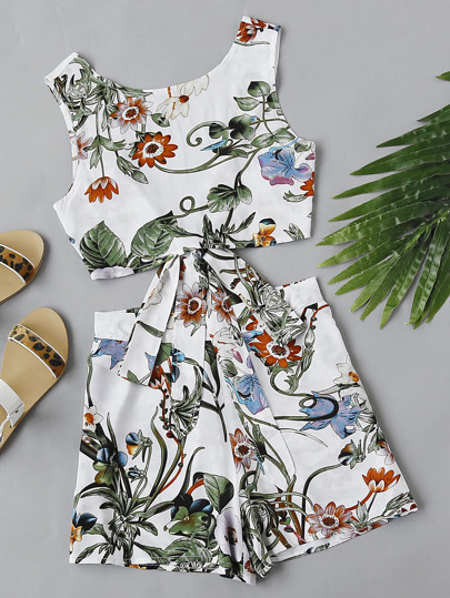 Self Tie V Back Botanical Top And Shorts Co-Ord