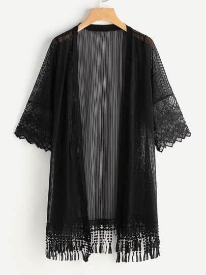 Kimono con bordado de malla con panel y ribete de flecos