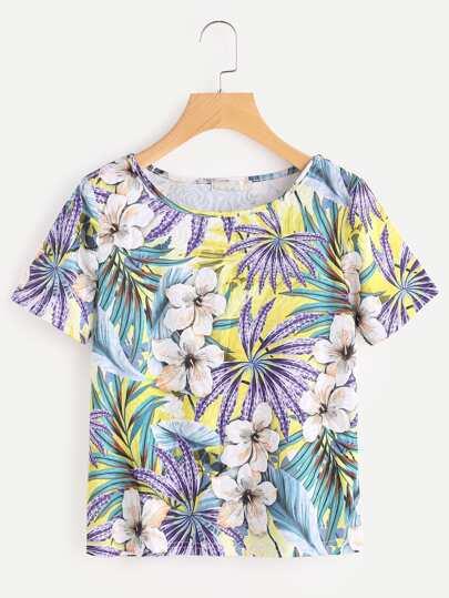 Camiseta con estampado tropical