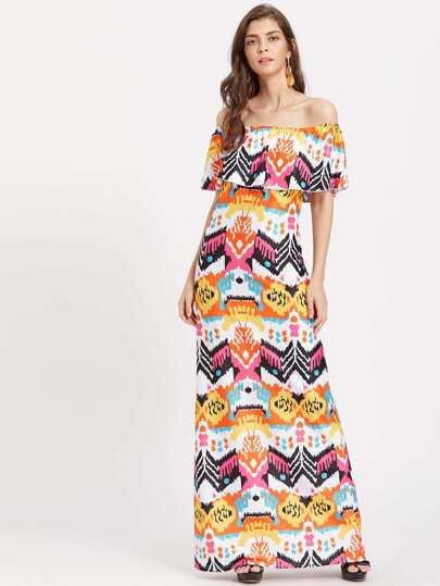 Vestido con estampado azteca y volantes