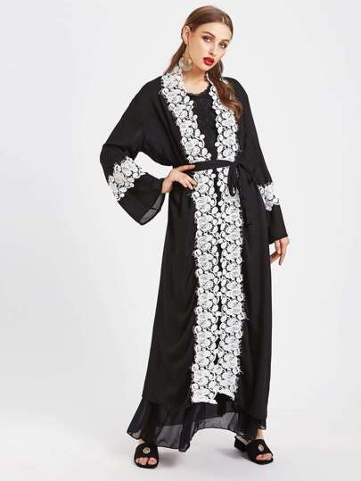 Contrast Floral Eyelash Lace Trim Abaya With Belt