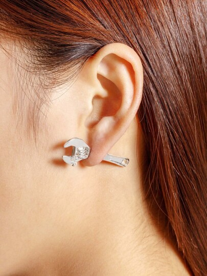 Wrench Design Stud Earring 1pcs