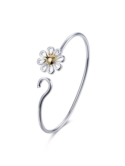 Two Tone Flower Design Bracelet