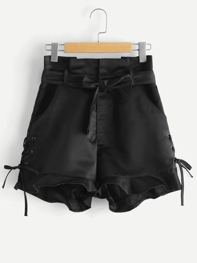 Pantaloncini con laccetti laterali