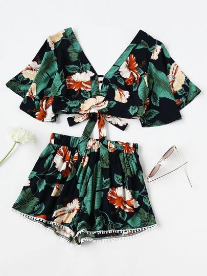 Top imprimé Aztec avec nœud papillon ouvre au dos avec shorts Pom Pom