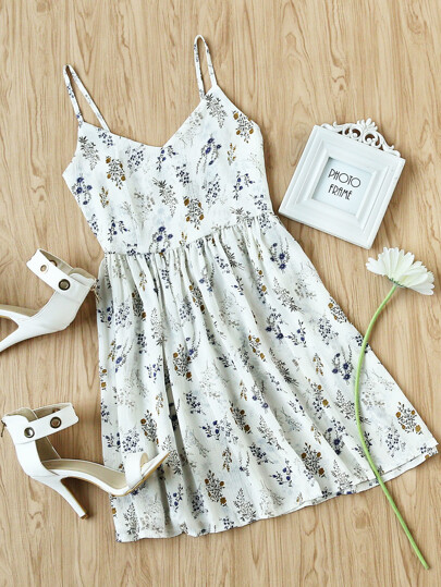 Ditsy Print Pleated Cami Dress