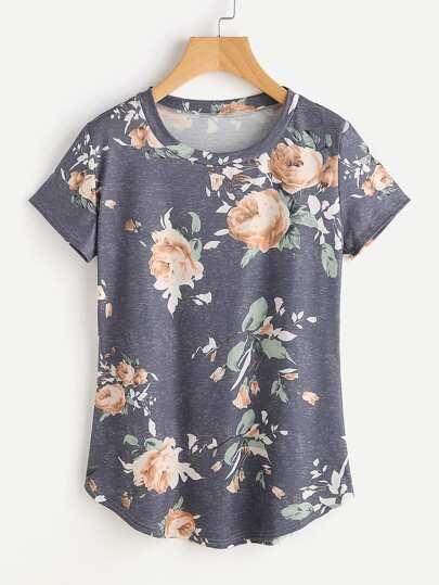 Camiseta con estampado al azar y bajo redondeado