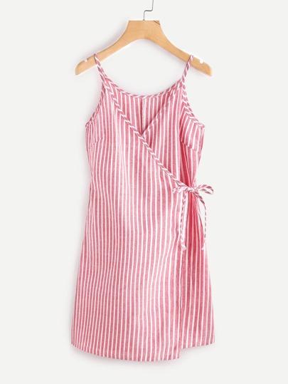Vestido camisero de rayas verticales con cordones