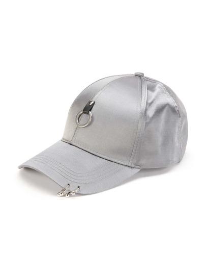 Gorra de béisbol de satén con embellecimiento de anillo