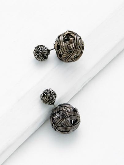 Boucles d\'oreille design de pompon creux
