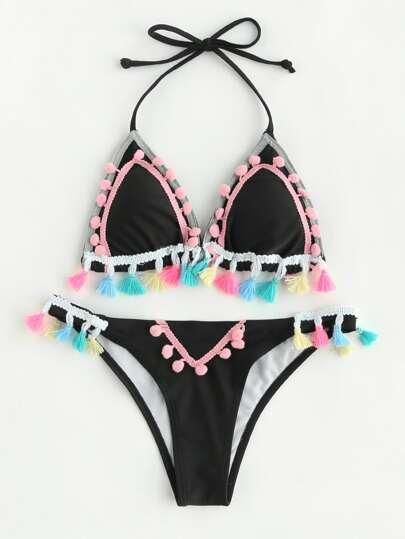 Conjunto de bikini con embellecimiento de pompones y borlas