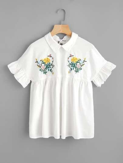 بلوزة أبيض مع مطرز زهور