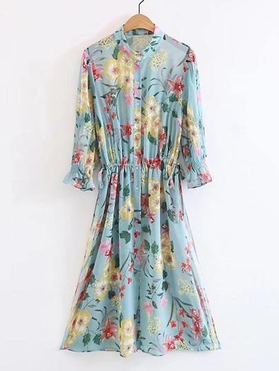 Модное платье-рубашка с цветочным принтом