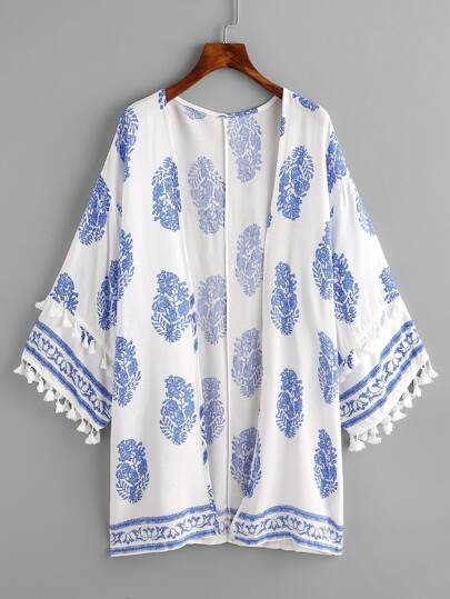 Kimono con ribete de borlas y estampado