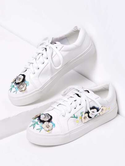Gummisohle Schuhe mit Blumenapplikation und Schnüren