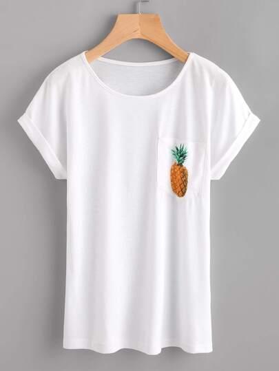 Camiseta con estampado de piña con bocamanga enrollada