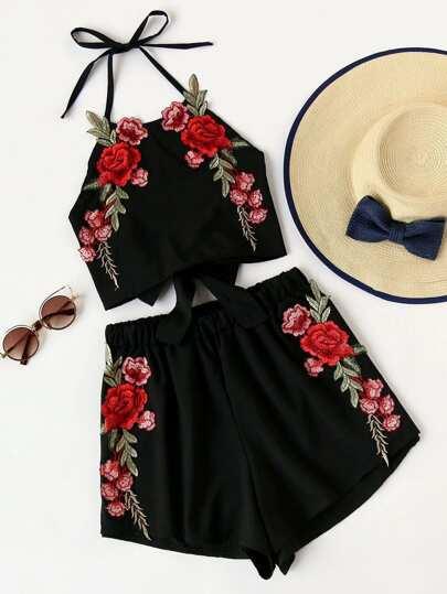 Top dos nu brodé des roses avec nœud papillon &Shorts