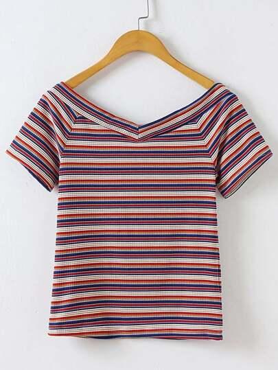 T-shirt con scollo a doppio v