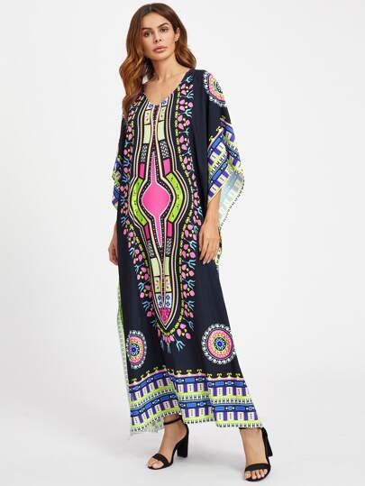 Robe poncho imprimée tribal