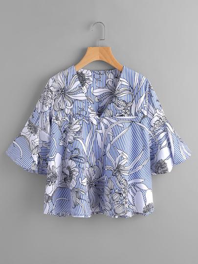 Blusa floral con cuello en V