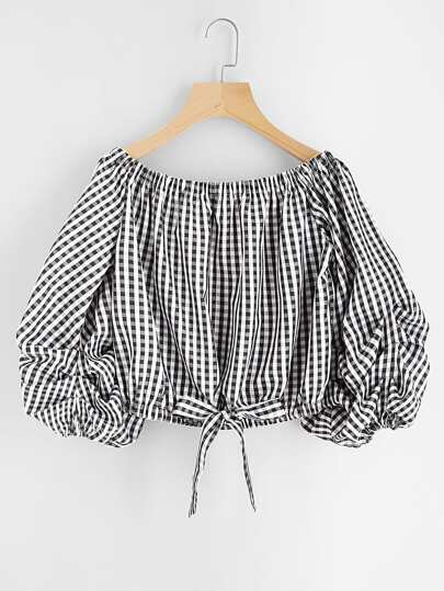 Blusa de cuadros con manga farol y ribete de cordón