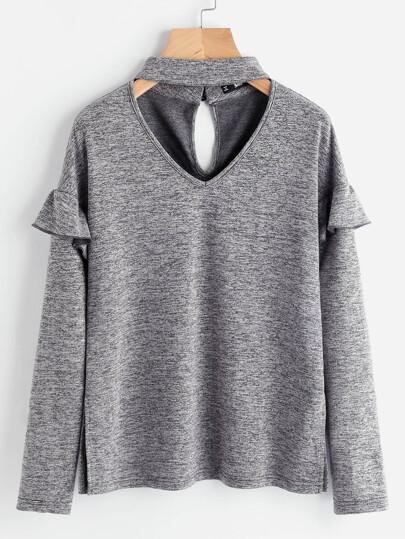 Tee-shirt fendu manche ruchée avec un collier