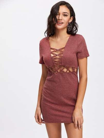 Модное платье в рубчик